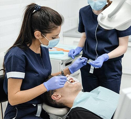 diş hekimi kliniği sosyal medya